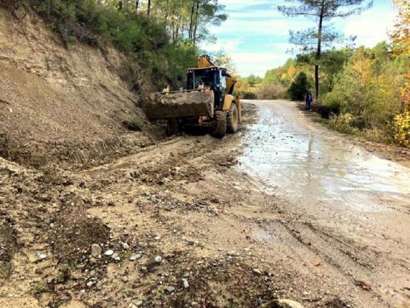 Manavgat Belediyesi'nden yağış seferberliği