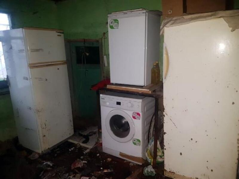 Osmangazi Belediyesi çöp evi temizledi