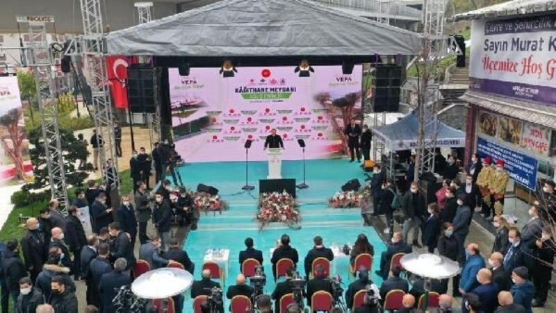Cumhurbaşkanı Erdoğan'ın telekonferans katılımıyla Kağıthane Merkez Meydanı açıldı