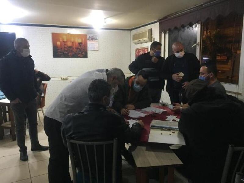 Adana'da kumar oynayanlara son 10 günde 367 bin 250 TL ceza kesildi
