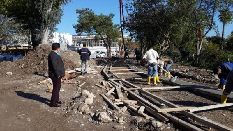 Atatürk Parkı'nda çalışmalar devam ediyor