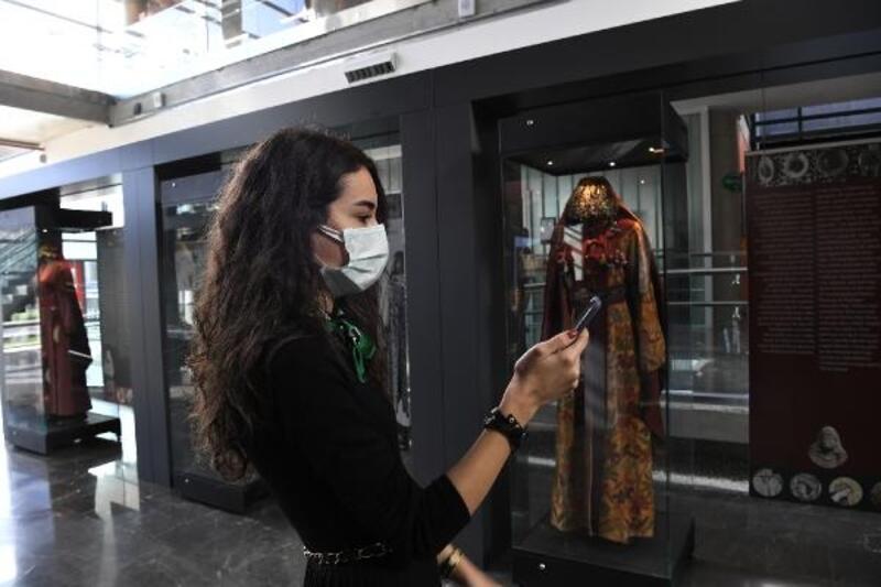 Bursa Fetih Müzesi'nde gezdirirken öğreten yarışma