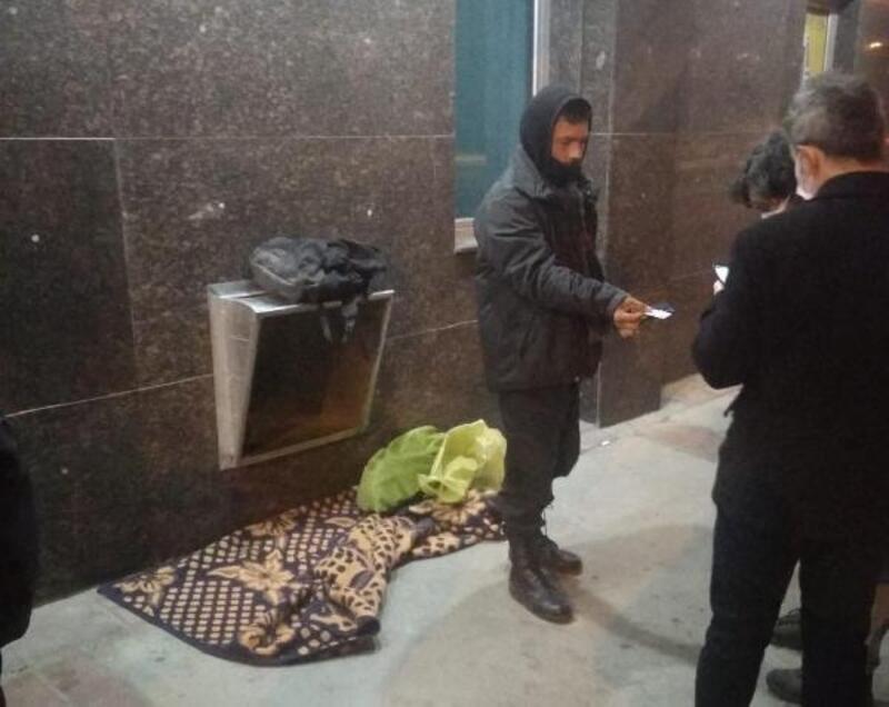 Konak'ta sokakta yaşayanlar otel ve yurtlara yerleştirildi