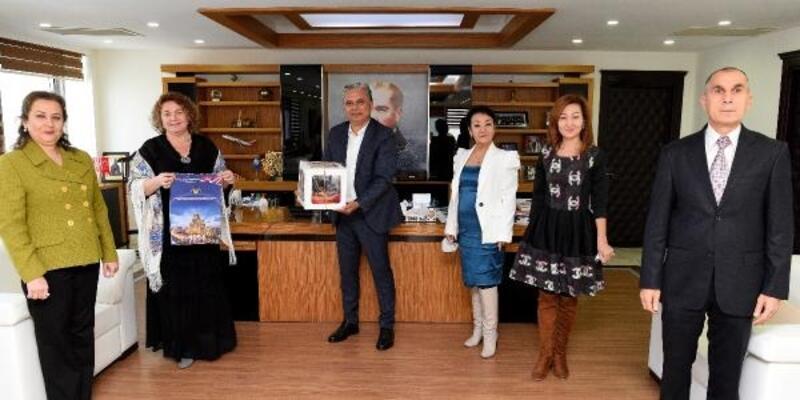 Derneklerden Başkan Uysal'a yeni yıl ziyareti
