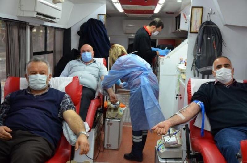 Kızılay'dan Serik'te kan bağış kampanyası