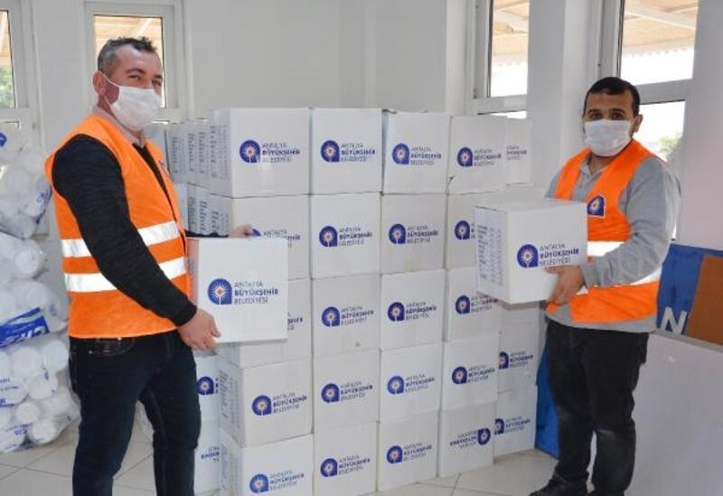 Büyükşehir 270 aileye gıda yardımı yaptı