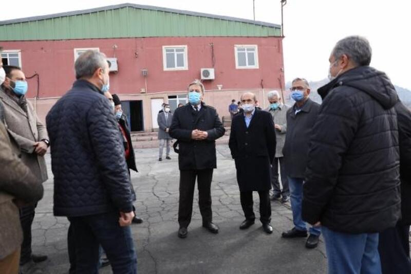 Başkan Palancıoğlu, meclis üyelerine geri dönüşüm tesisini gezdirdi
