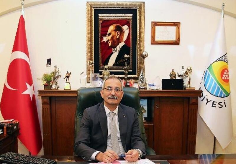 Tarsus Belediyesi Şehir Tiyatrosu'na 3 ödül