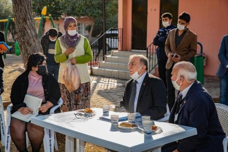 Başkan Akay, Aydınlar ve Barış Mahalleleri'nde