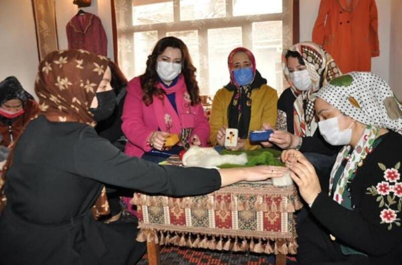 Kaymakamdan sabun üreten kadınlara ziyaret