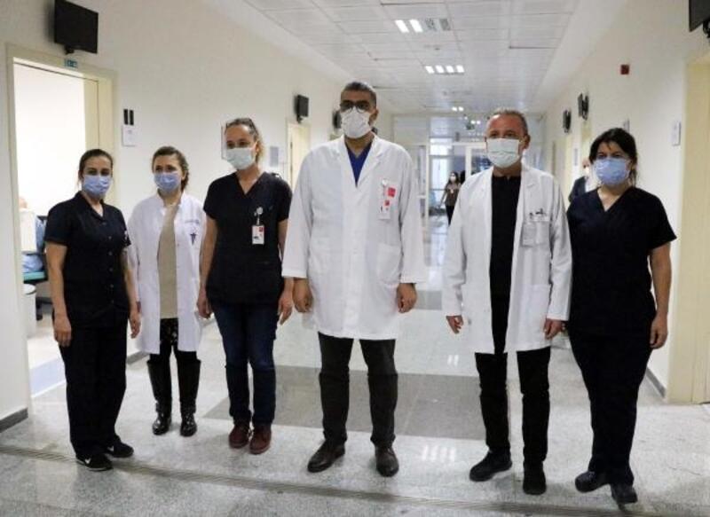 Alanya'da sağlık çalışanları aşılanmaya başladı