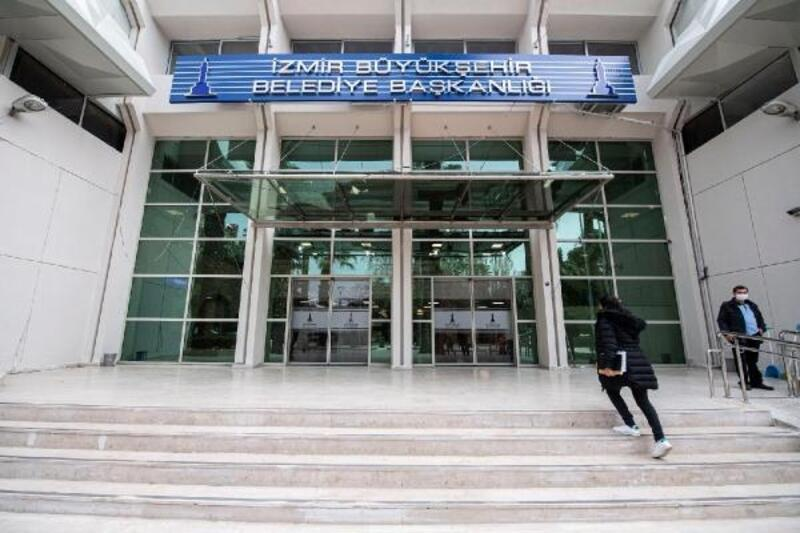 İzmir Büyükşehir Belediyesi ilk hizmet binasına döndü