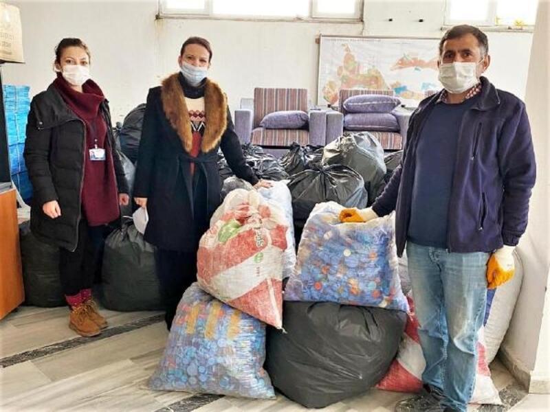 Süleymanpaşa'da 1.5 ton plastik kapak toplandı