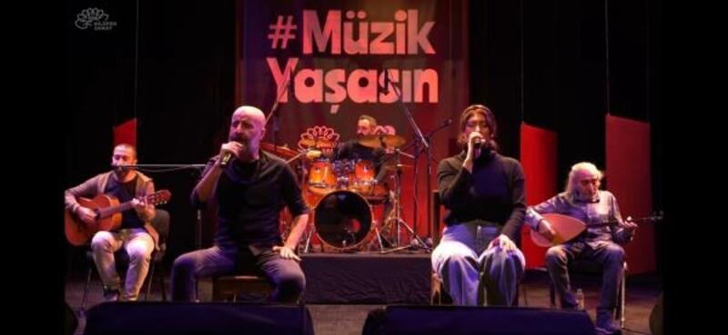 'Müzik yaşasın' etkinliği konserleri başladı