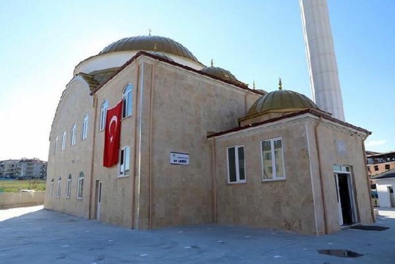 Lüleburgaz'da hayırsever tarafından yaptırılan cami ibadete açıldı