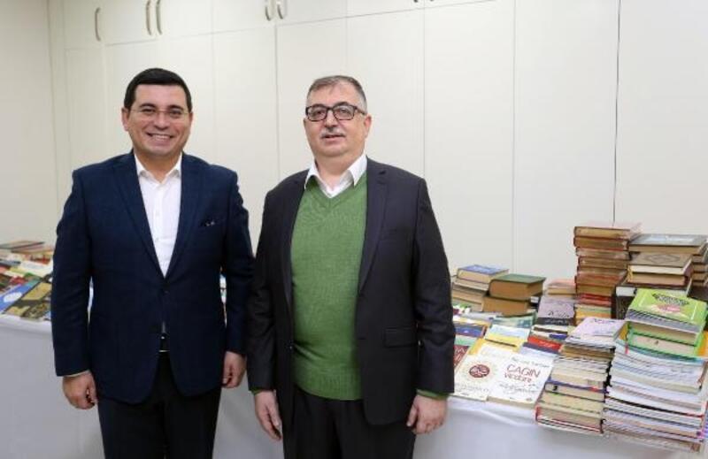 Kütüphanenin kitap koleksiyonu şehirle oluşturuluyor