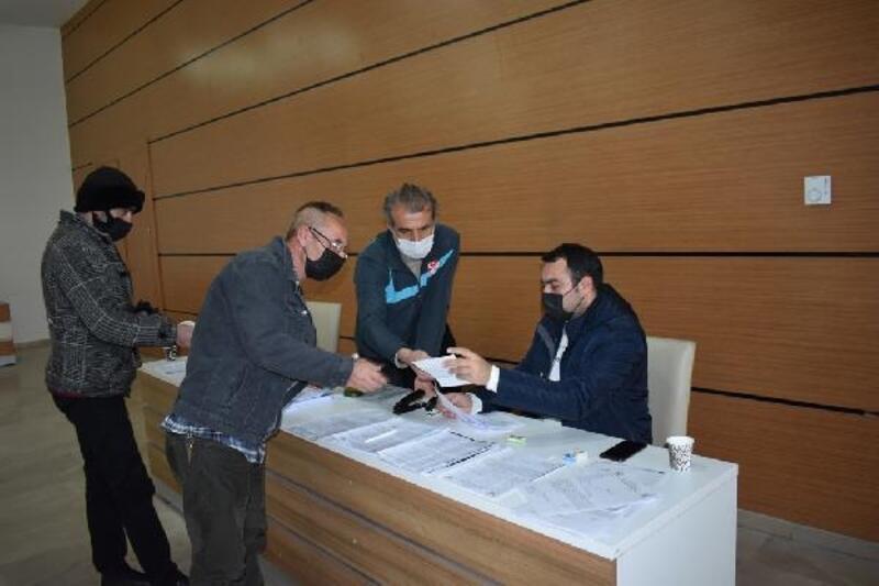 Sivas Belediyesi'nden esnaflara 1500 lira destek