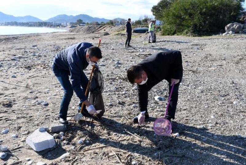 Kemer'de sahil temizliğinin ikincisi yapıldı