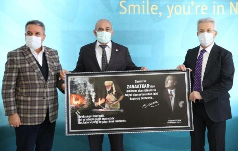Nilüfer Belediye Başkanı Erdem, pazarcılarla protokol imzaladı