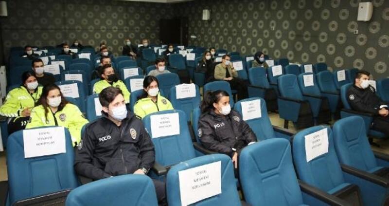 Polise 'evlilik öncesi eğitim' semineri