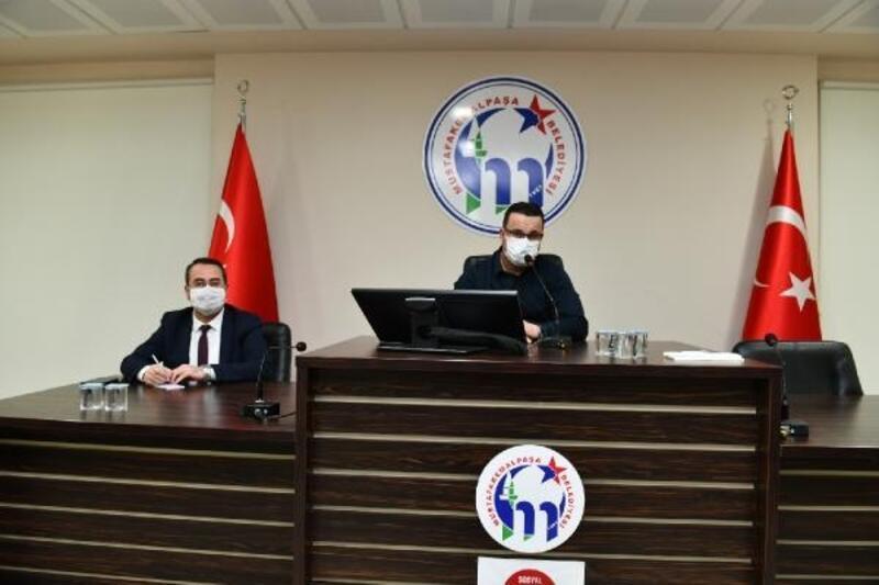 Mustafakemalpaşa Belediye Başkanı Kanar, muhtarlarla istişareleri sürdürüyor