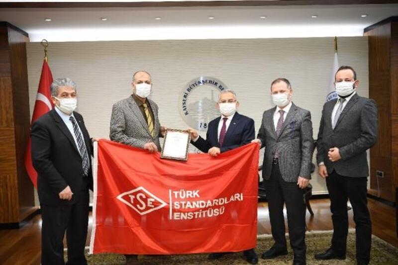 Büyükşehir Belediyesi'ne 'TSE Covid-19 Güvenli Hizmet Belgesi'