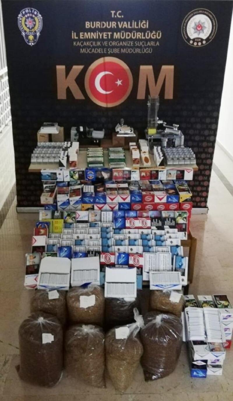 Burdur'da kaçak sigara ve içki operasyonu