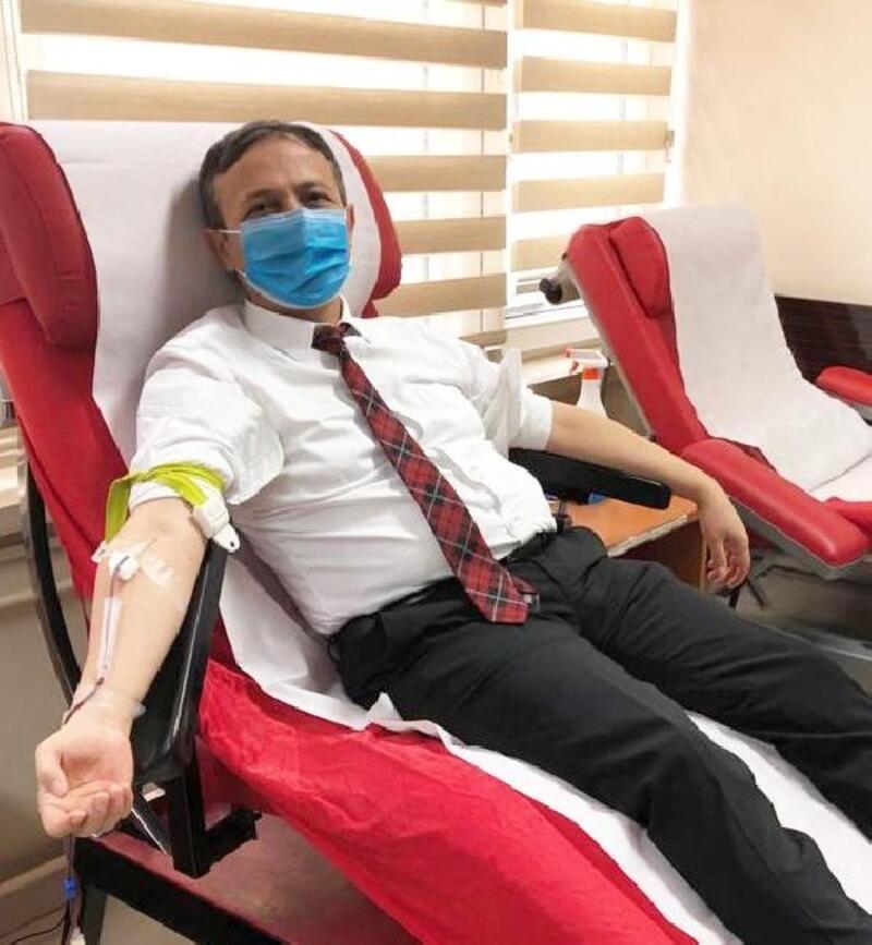 ERÜ Rektörü Çalış, kan bağışında bulundu