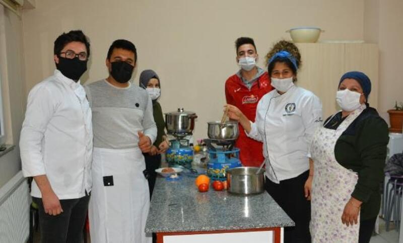 Korkuteli'de aşçı çırağı kursu