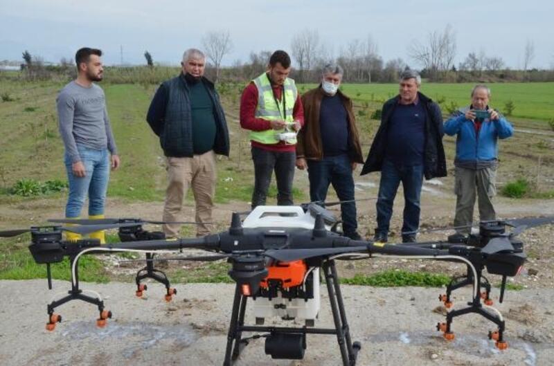 Ekili alanlarda drone ile ilaçlama