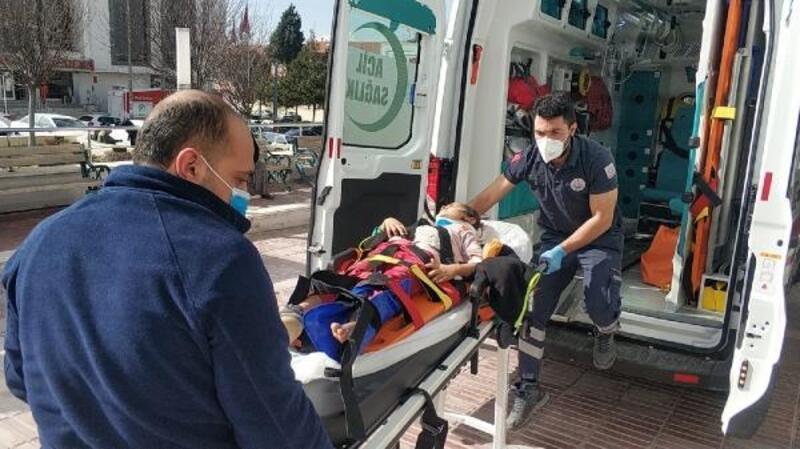 Otomobilin çarptığı küçük Fatma yaralandı