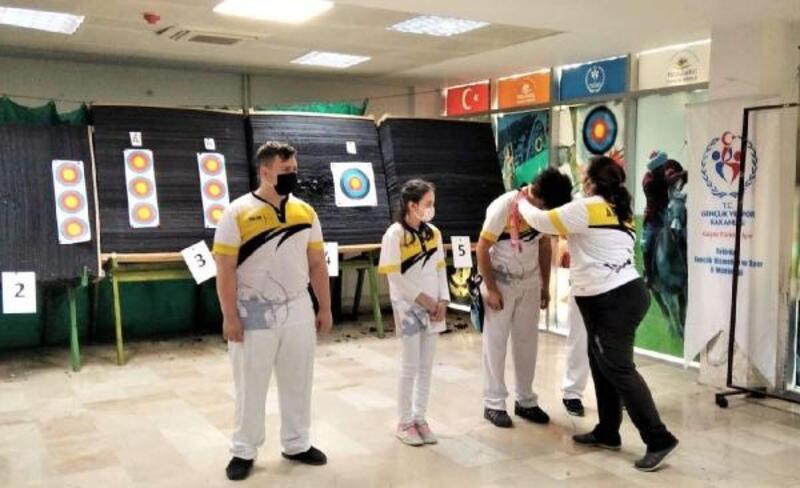 Süleymanpaşa'nın genç okçuları turnuva heyecanı yaşadı