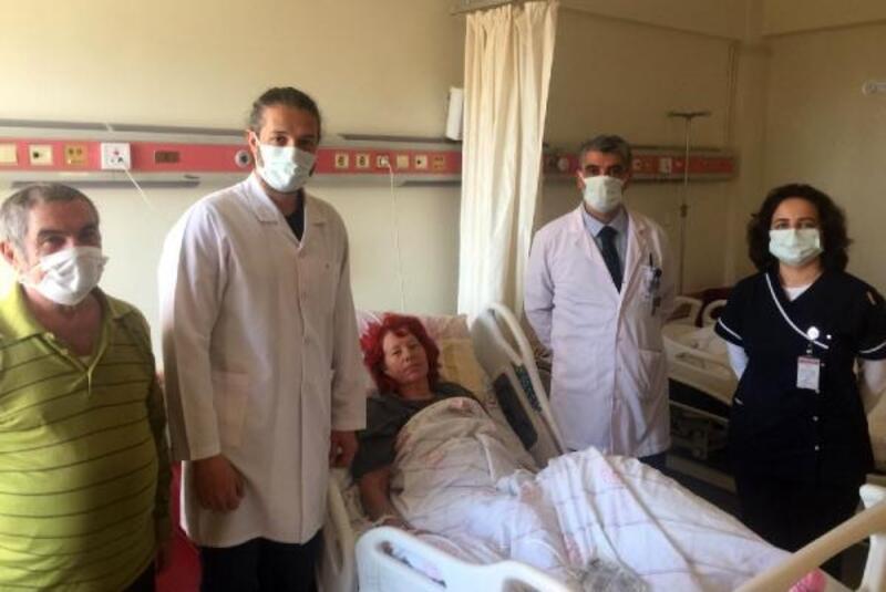 Alman kadın, Kumluca'da sağlığına kavuştu