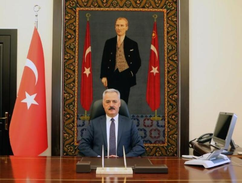 Vali Seymenoğlu'ndan mutasyonlu virüs açıklaması