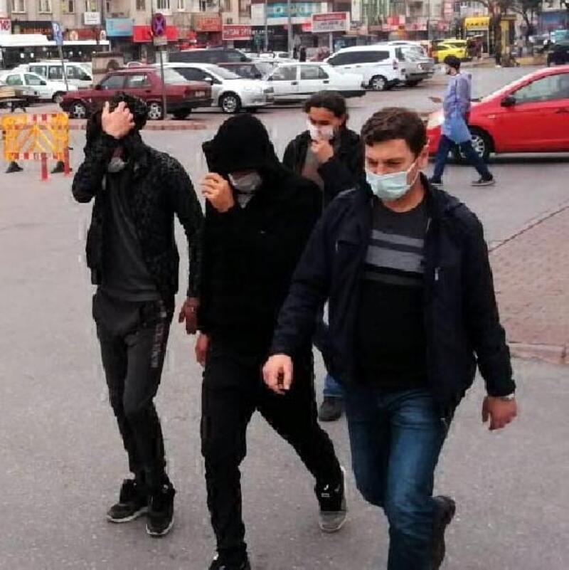 Kayseri'de uyuşturucudan gözaltına alınan 2 kişi adliyede
