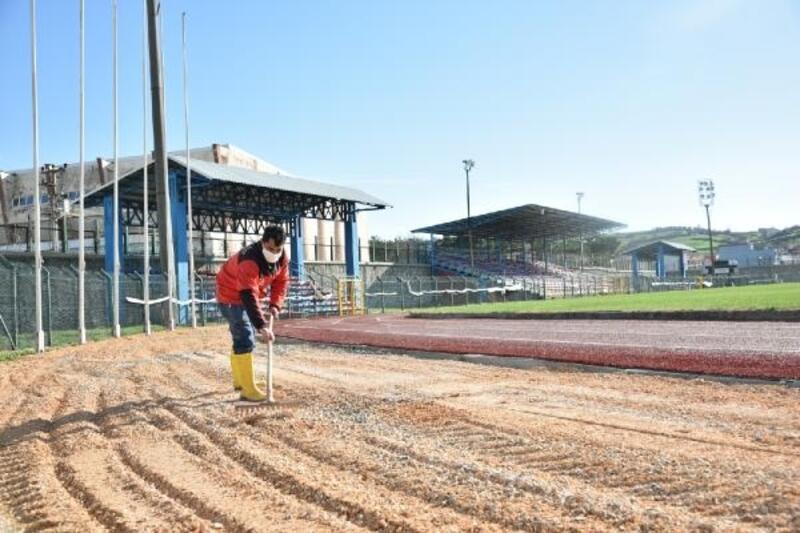 Mustafakempaşa İlçe Stadı'nda çalışmalarda sona gelindi