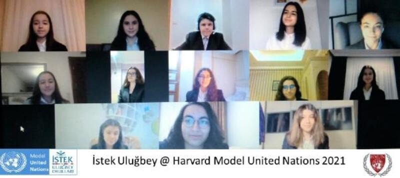 Türk öğrenciler Harvard Üniversitesi'nin düzenlendiği konferansa katıldı