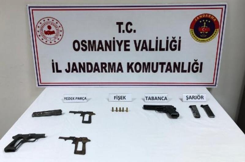 Jandarmadan, uyuşturucu, silah ve kaçakçılık operasyonları: 5 gözaltı