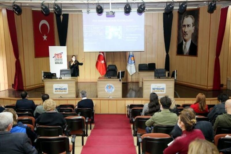 Akdeniz Belediyesi personeline, kişisel verilerin korunması kanunu eğitimi