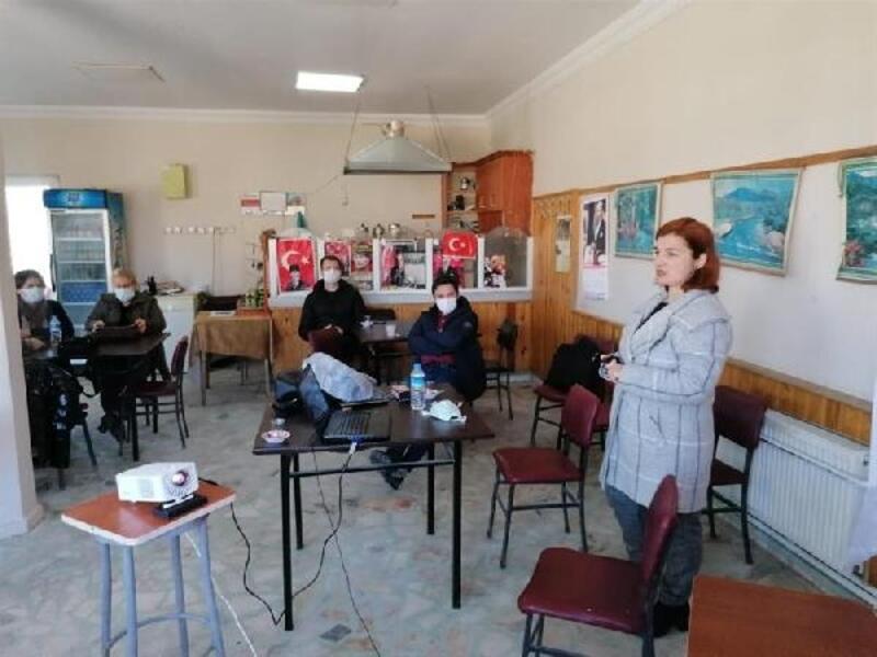 Kadınlar için açılan bağcılık kursu sona erdi