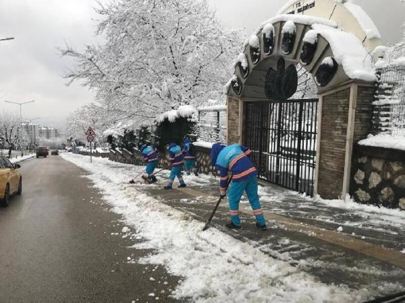 Yıldırım Belediyesi kar mesaisine hazır