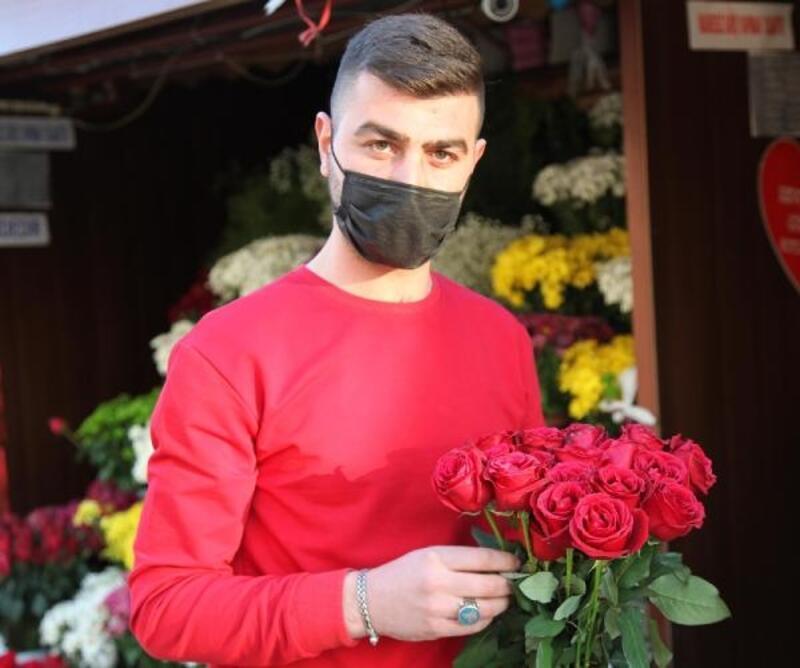 Kayseri'de çiçekçilerde '14 Şubat' yoğunluğu