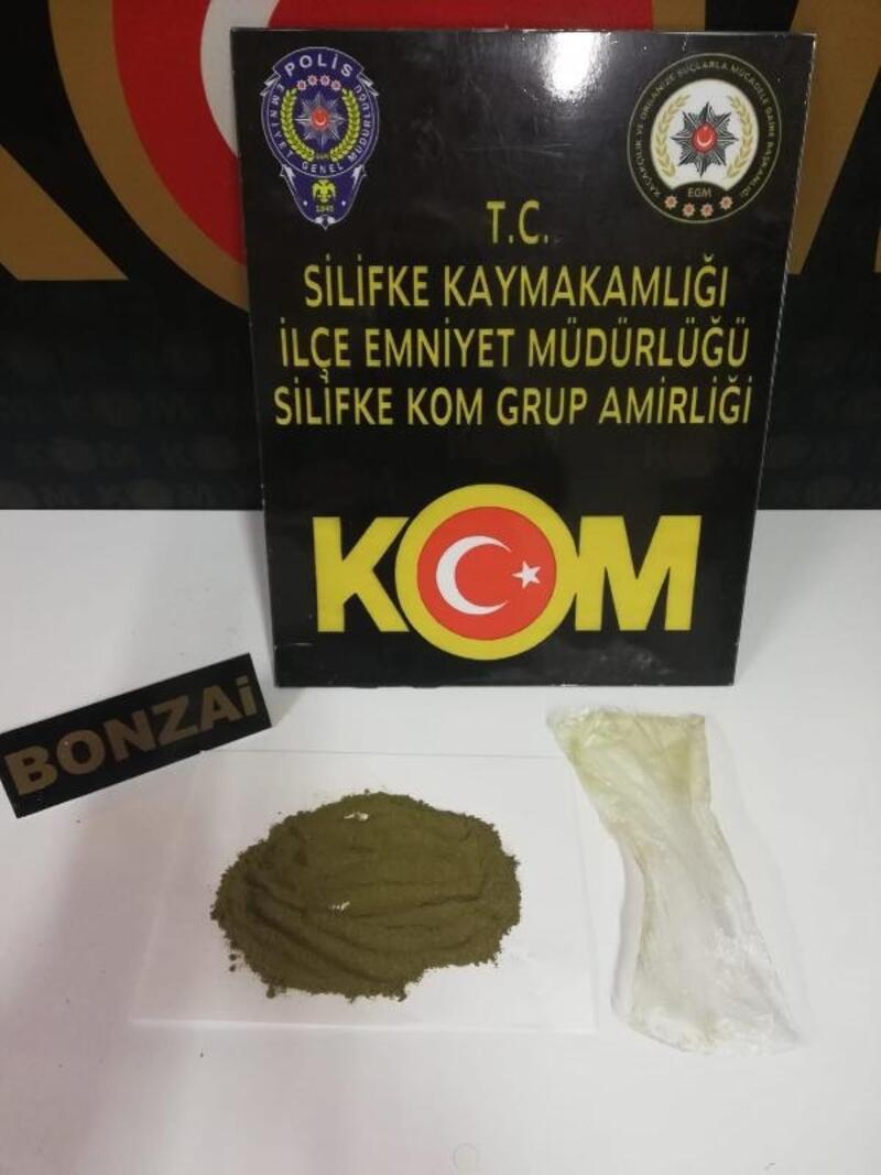 Uyuşturucu taşıyan şüpheliler yakalandı