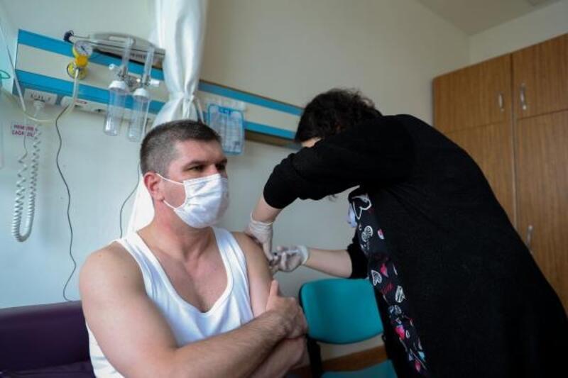 Başkan Ercengiz koronavirüs aşısı oldu