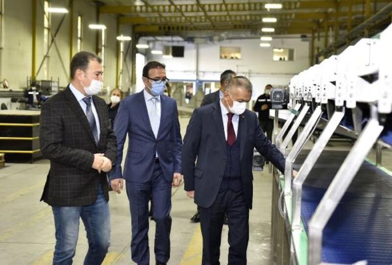 Vali Yazıcı, Antalya OSB firmalarını ziyaret etti