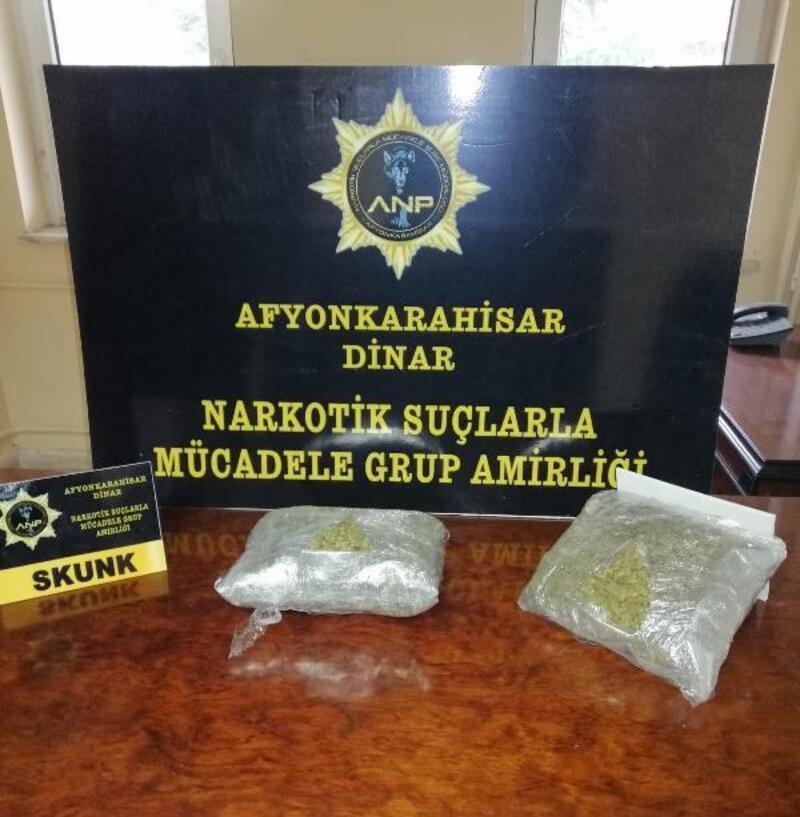 Dinar'da uyuşturucu operasyonu: 4 gözaltı