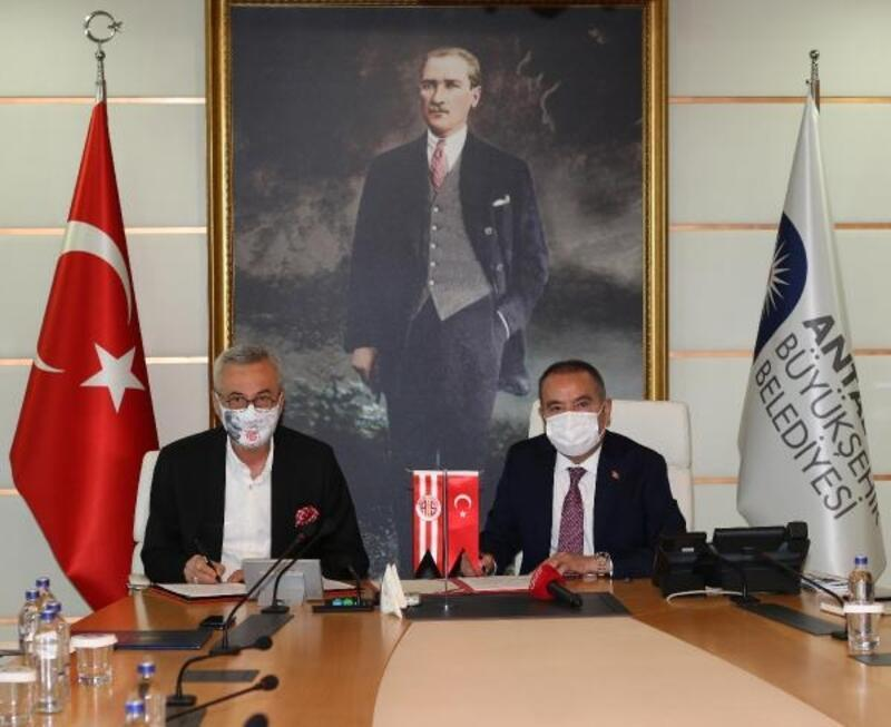 Antalyaspor ile Büyükşehir arasında işbirliği protokolü