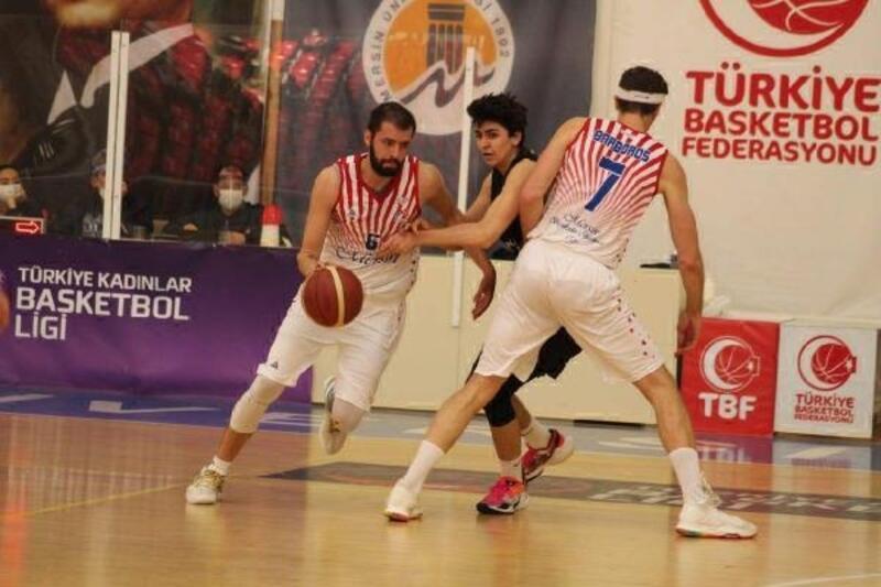 Büyükşehir GSK Erkek Basketbol Takımı çeyrek finalde