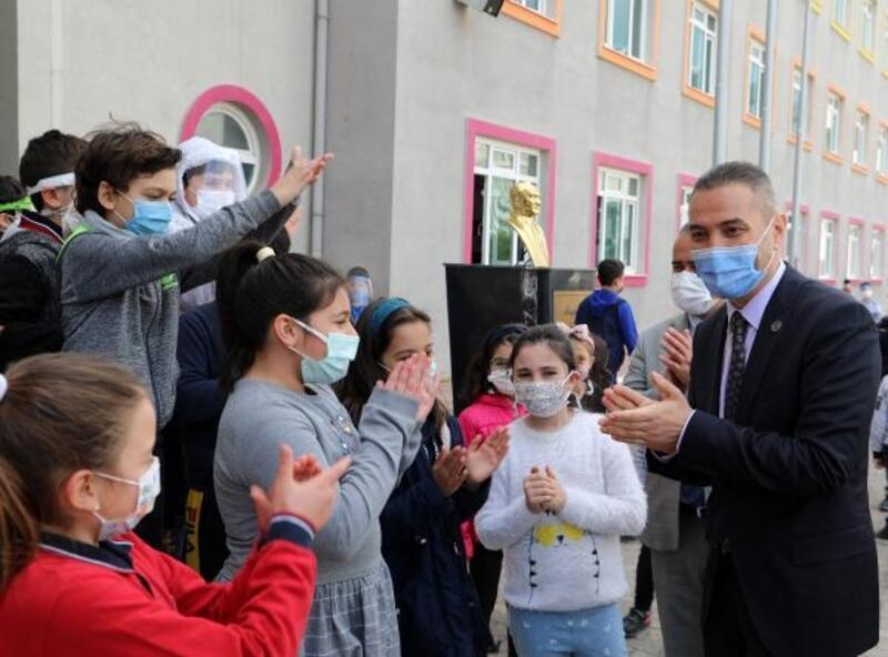 'Turuncu Antalya'da kontrollü normalleşme