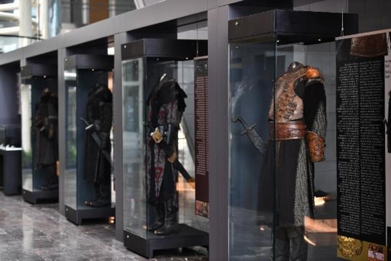 Zamana tanıklık eden kıyafetler Fetih Müzesi'nde